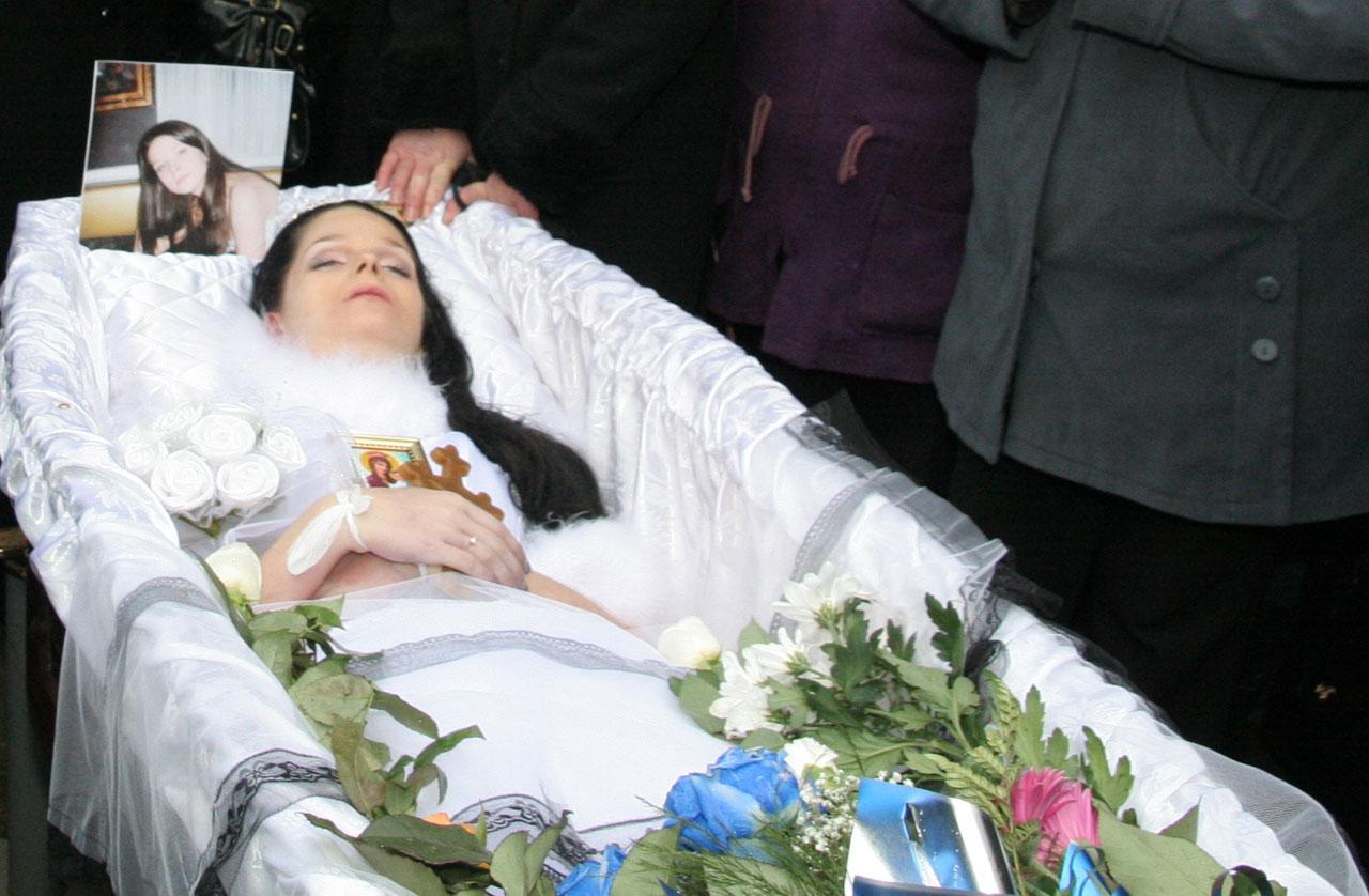 Как сделать фотографию на похороны